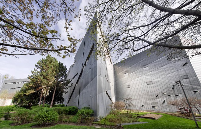 Daniel Libeskind, the architect for the Jewish Museum of Berlin, designed the museum to make you feel as if you are traveling back in time through 2,000 years of Jewish culture.