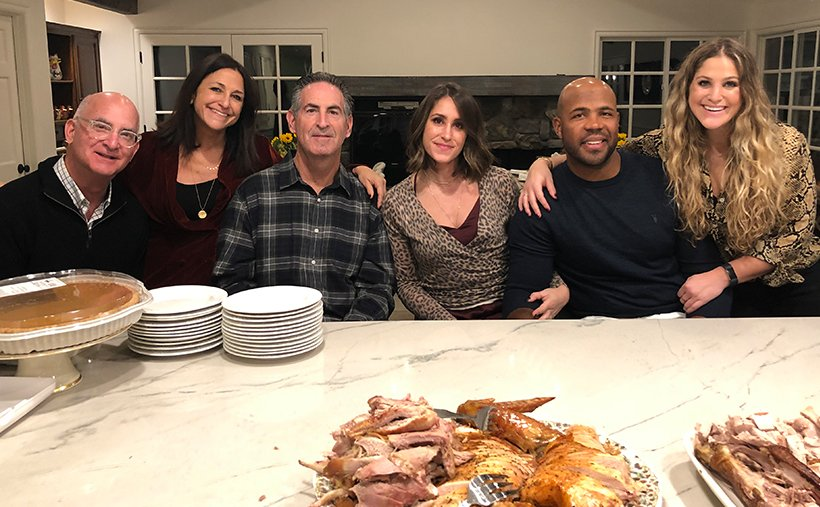 tmuna-Thanksgiving with friends
