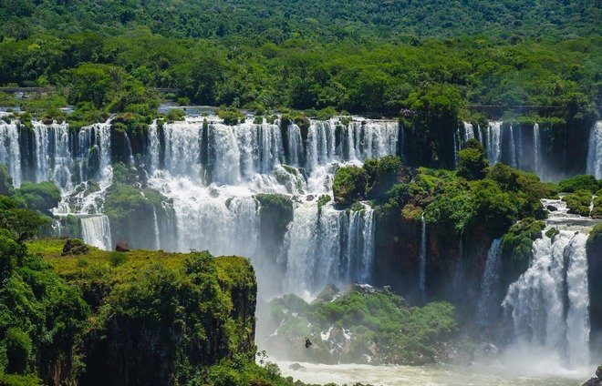 The Iguazú Falls are one of the planet's most awe-inspiring sights. A visit is a jaw-dropping, visceral experience, and the power and noise of the cascades live forever in the memory.
