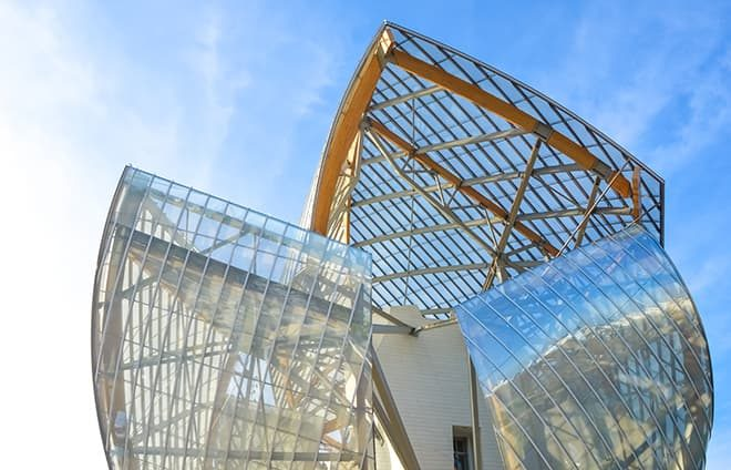 Go behind-the-scenes of the Fondation Louis Vuitton, one of France's most exciting new cultural institutions. Opened in 2014, this museum is a celebration of modern and contemporary art.